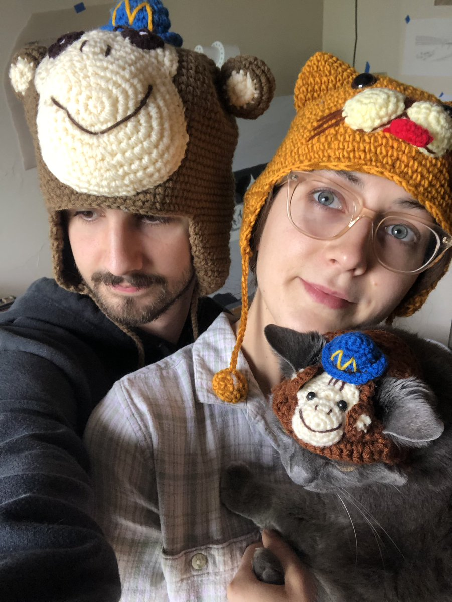jessebtyler: At my first #magentoimagine, I got these hats from @Mailchimp. I finally have a full family to share them with 😭 https://t.co/YxRVvOfyds