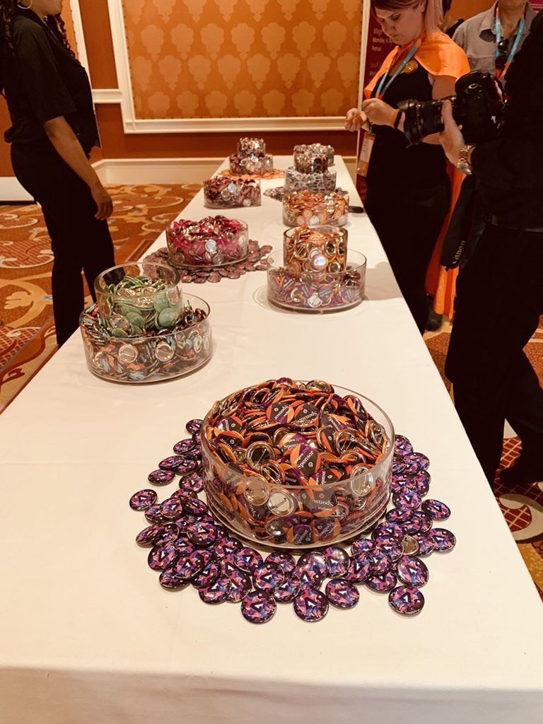 MagentoU: Don't forget to pick up Magento buttons when you register #magentoimagine https://t.co/4dtOc9Nfg3