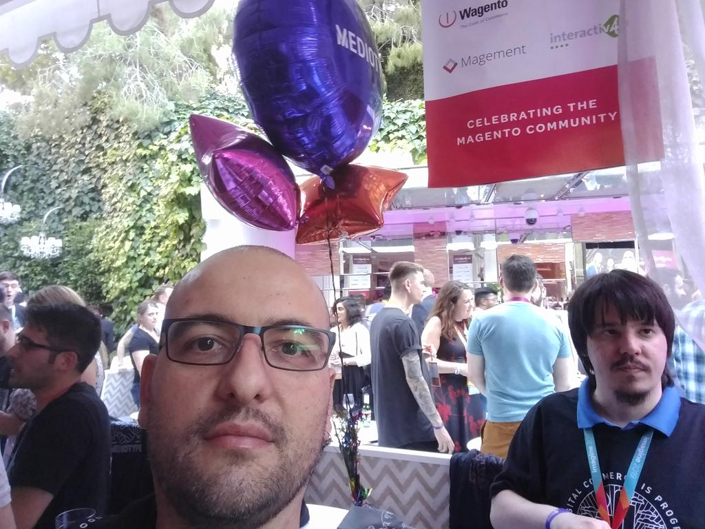barbanet: At the @mediotype table with @Navarr and @rickbuczynski #MagentoImagine #preimagine https://t.co/w8CmThQVOA