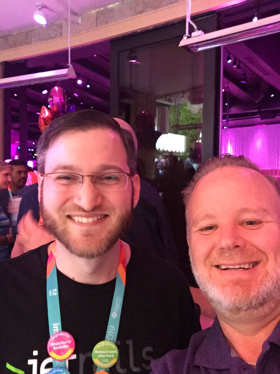 davemalda: Look who I found @eBridgeConnects!  One of my favs @TheRobertRand from @JetRails #PreImagine #Magento https://t.co/bmMh1guuDb