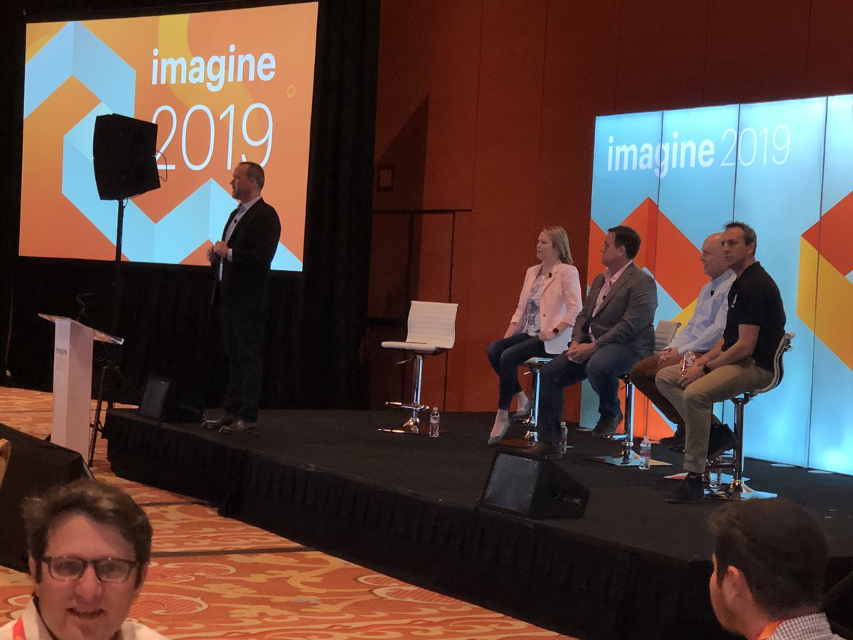 ShipperHQ: Great to be here at the @PayPal breakfast. Excited to see this panel talk #magentoImagine https://t.co/WXra1xd7vk