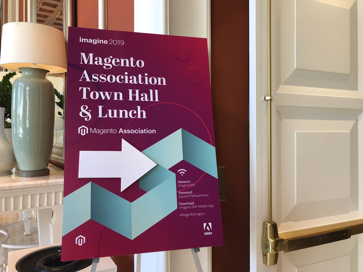 sherrierohde: Come to LaTour 2 for the @magentoassoc town hall and lunch! #MagentoImagine https://t.co/JheE4tuwmN