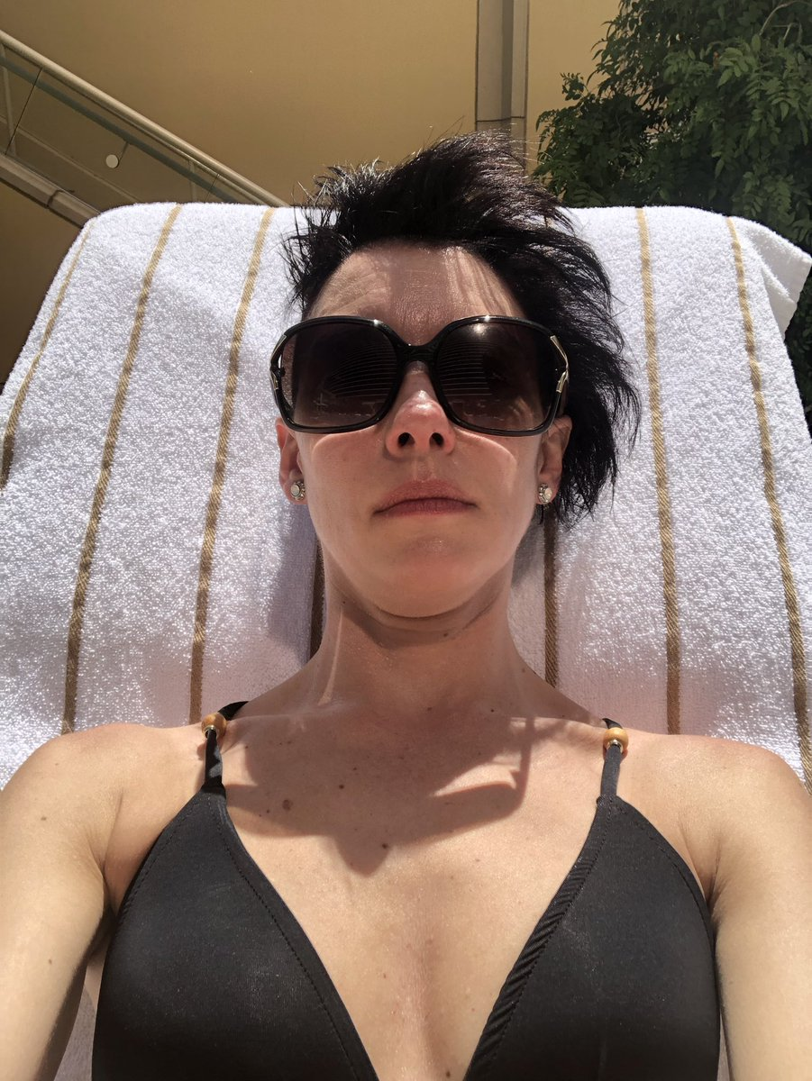 lttldebbie716: A little self care by the pool, while the hubby @dazzo716 does his thing at #MagentoImagine https://t.co/ZBXwvQmTwp