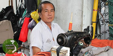 "test Twitter Media - Pray for Canh to know the True Maker and for the Holy Spirit to open the eyes of his heart. ""I pray that the eyes of your heart may be enlightened..."" Ephesians 1:18 #pray4vietnam https://t.co/qoGYybr2gT"