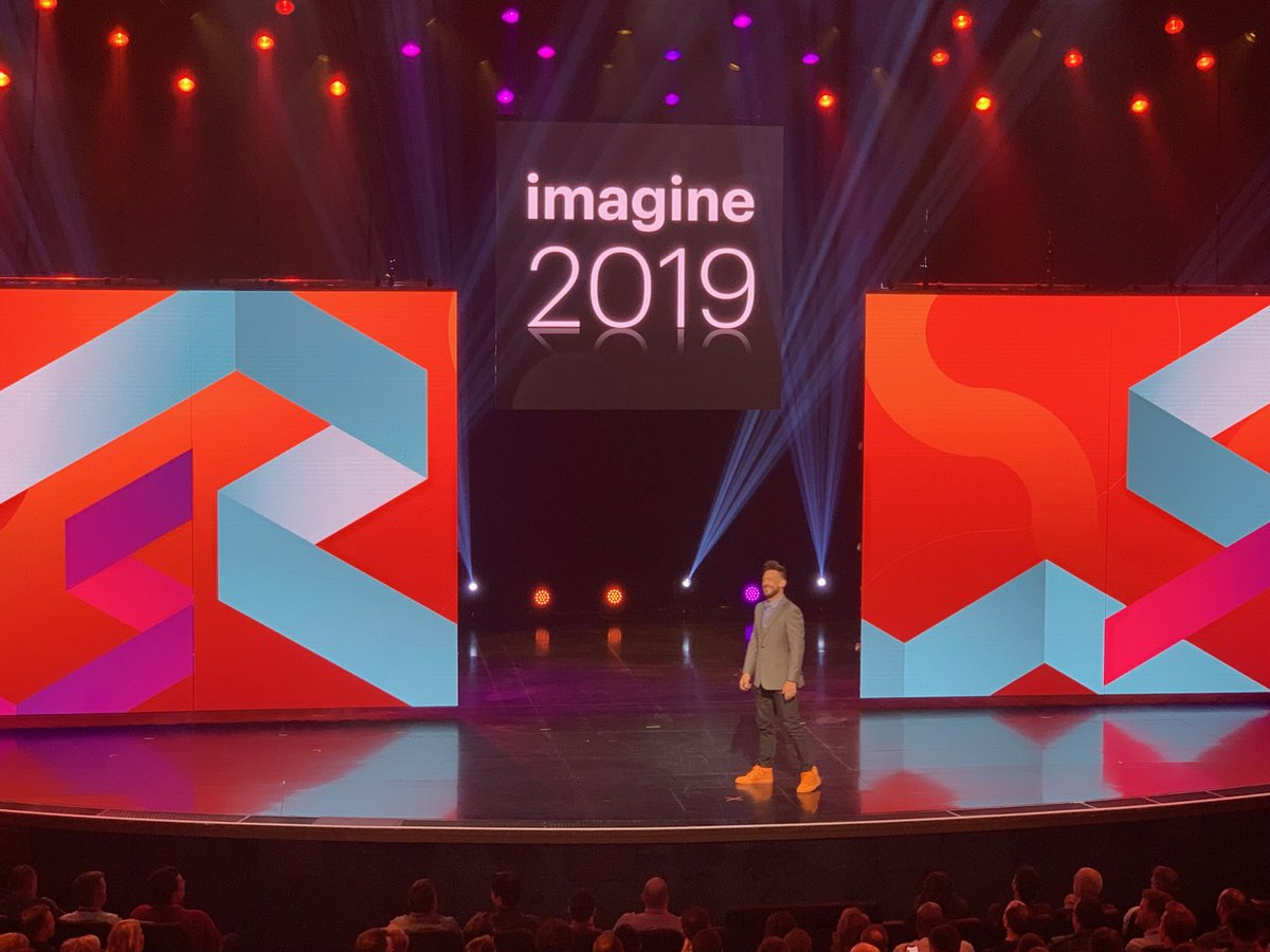 brentwpeterson: A universe at our fingertips @philwinkle #MagentoImagine https://t.co/7I3PTXlraS