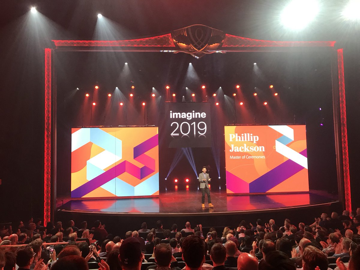 D_n_D: [#MagentoImagine] Let's start the Opening General Sessions with the inimitable @philwinkle ! 🤘#eCommerce #Magento https://t.co/gHYPODimmW