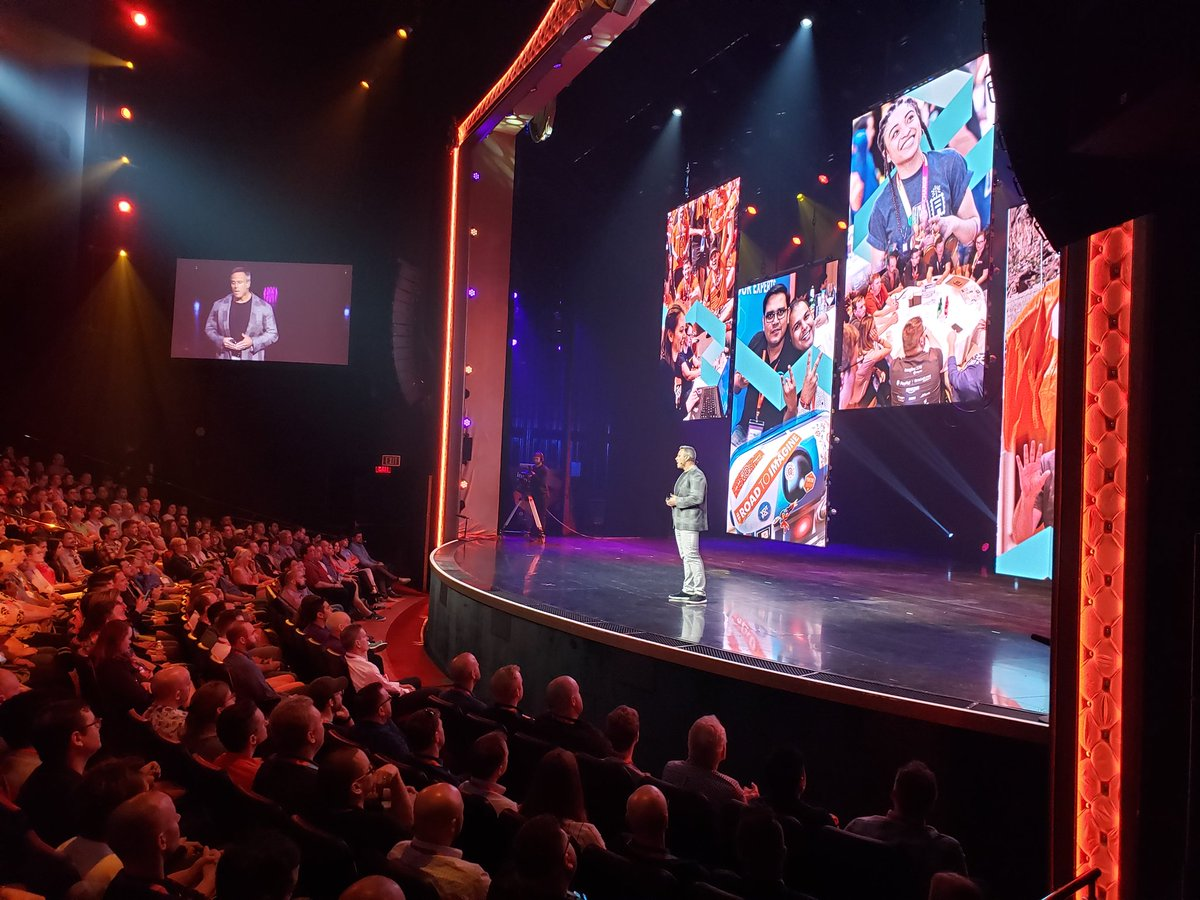magento: 'Our biggest accomplishment is our community.' - Gary Specter @gspecter at #MagentoImagine #MagentoCommunity https://t.co/wwIyjoVhHu