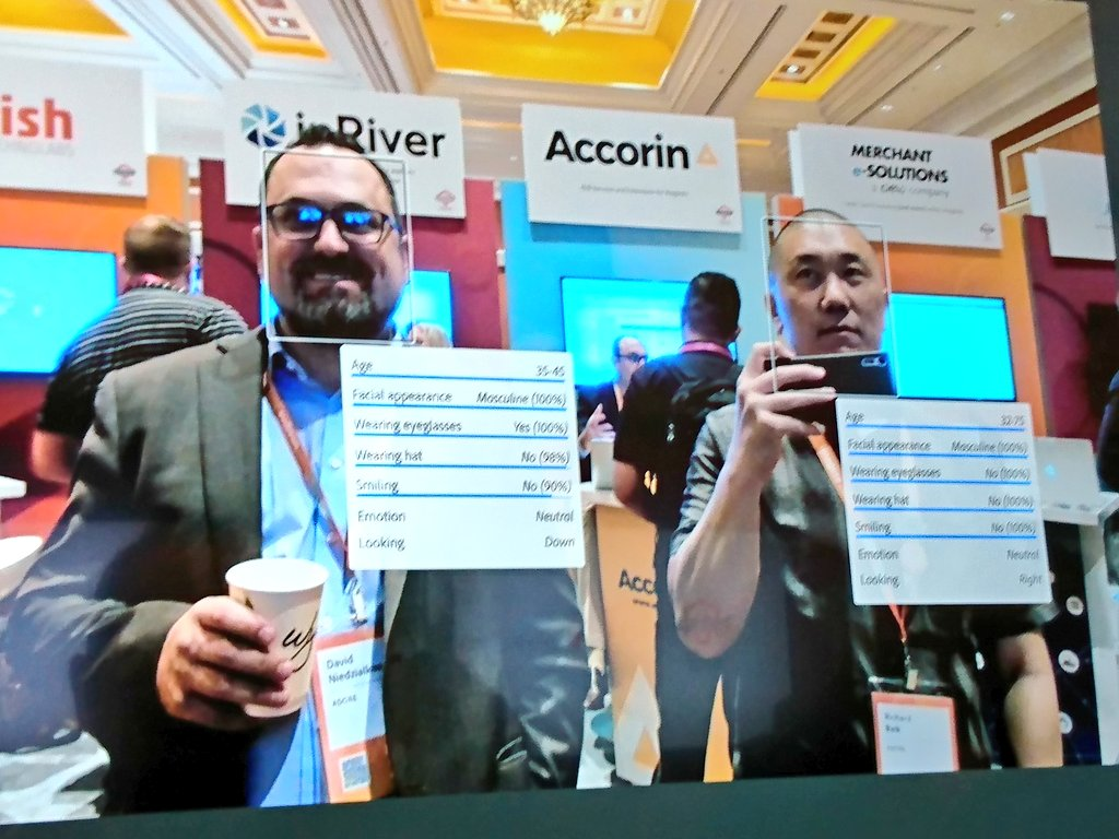 richbaik: .@AdobeSensei in action. Come over to the Marketplace and check it out! #MagentoImagine @magento https://t.co/x5Iewelr8O