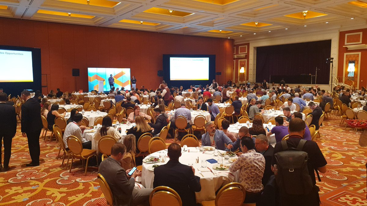 magentoassoc: Full house for our Town Hall meeting at #MagentoImagine! https://t.co/KX5o22GIUb