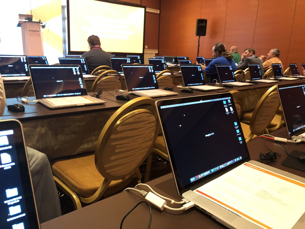 davefarthing: Fully equipped! nLocal development for Magento Commerce Cloud labn#MacOnly #MagentoImagine https://t.co/hyaCRG4lQ4