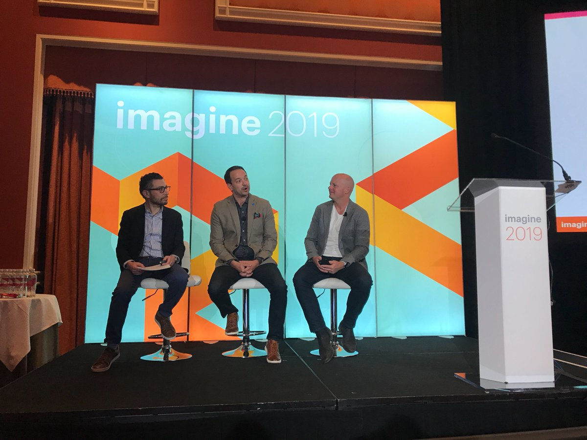 blueacornici: We're front row for the 12 Rules of Brand #DigitalCommerce. Are you?? #magentoimagine https://t.co/LuCNbV09ZJ