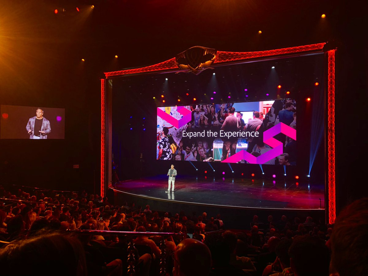 vaimoglobal: 'We're all here to connect and expand the experiences!' #MagentoImagine @gspecter @magento https://t.co/5LTOEmARG8