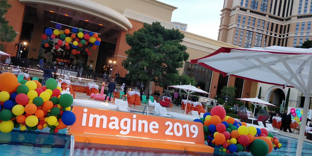weareayko: Nobody throws a party like @magento... we had so much fun at the opening night networking party! #MagentoImagine https://t.co/HY0viwY32k