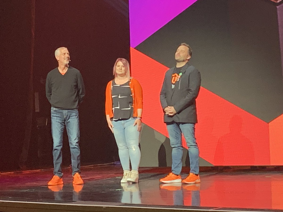vincenzolandino: Look! It's @sherrierohde announcing the @magento Masters!! #MagentoImagine https://t.co/6lId2Weu5a