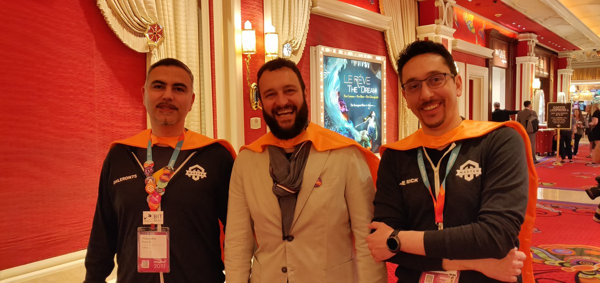 midimarcus: Find out the outsider! ;) Thanks to @jissereitsma for shooting #MagentoImagine https://t.co/pLCLauzcCZ