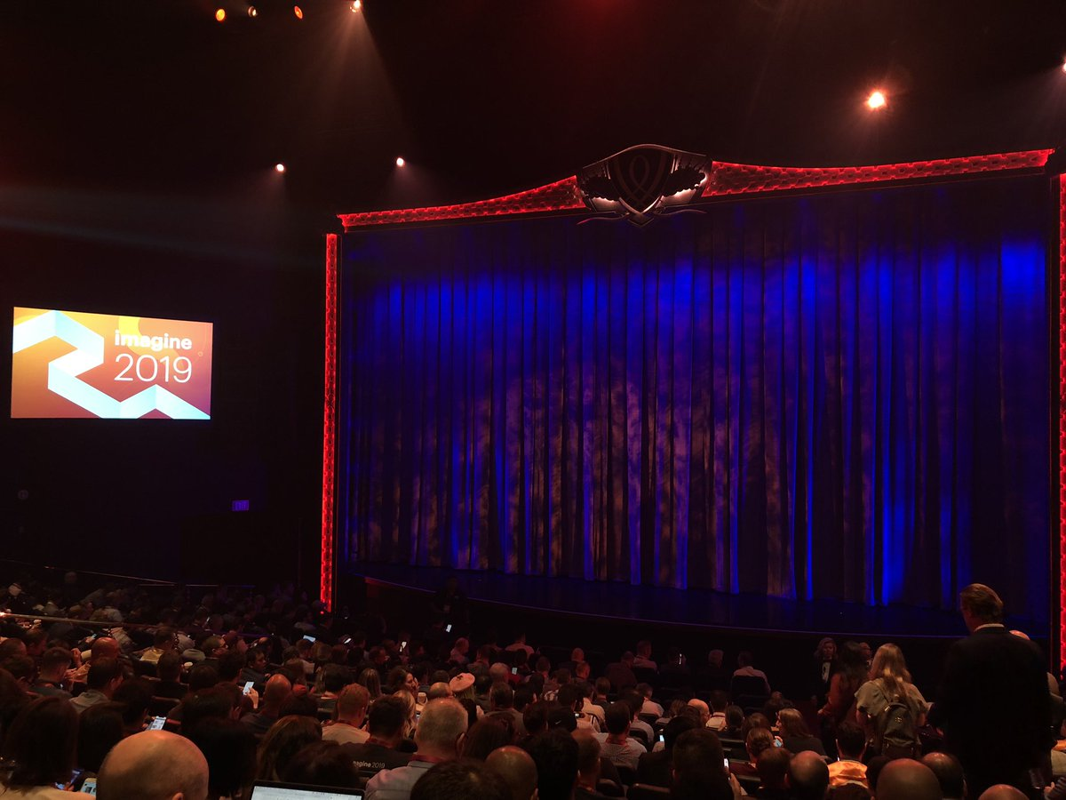 vaimoglobal: Ready for the keynote! #MagentoImagine https://t.co/ci80Q7BSwU