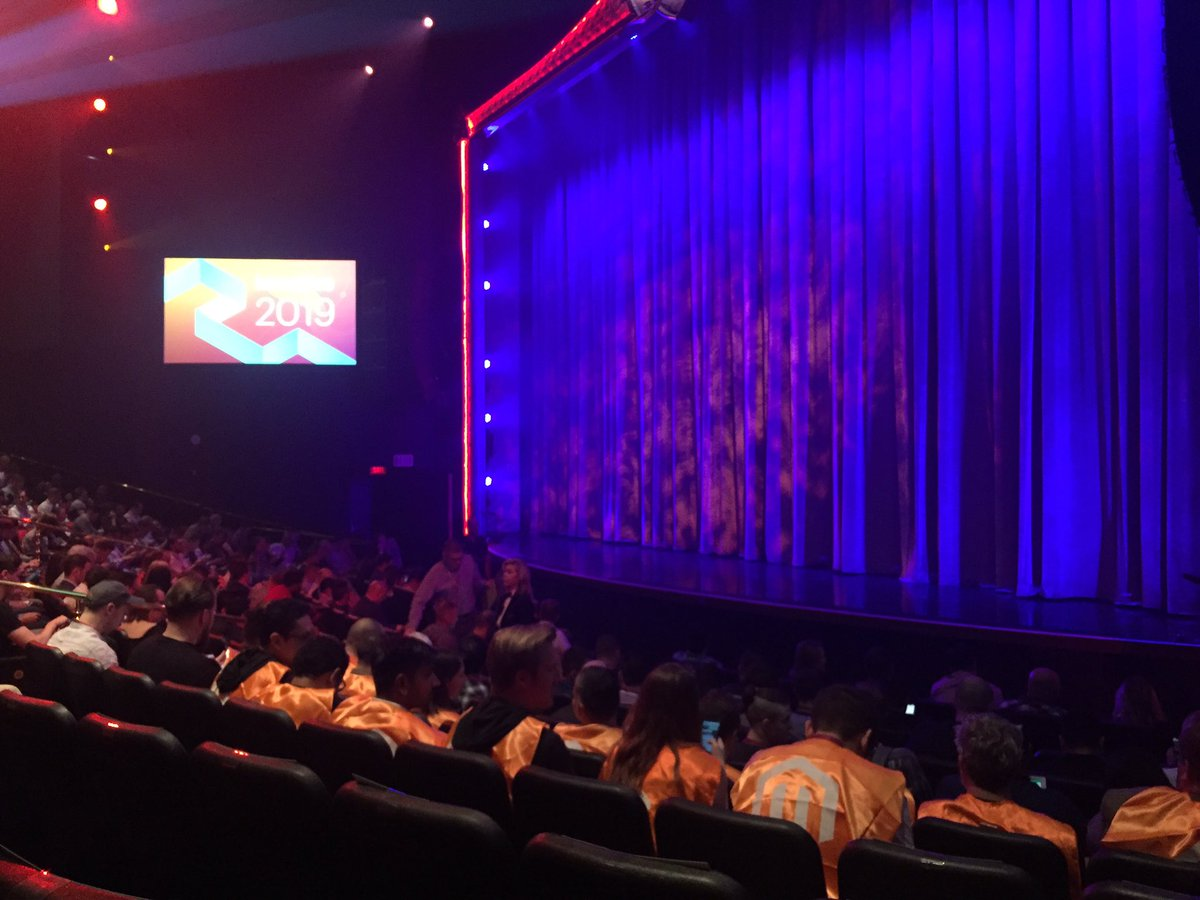 WebShopApps: Day 2 general session - here we go! #MagentoImagine https://t.co/cZNtErtl29