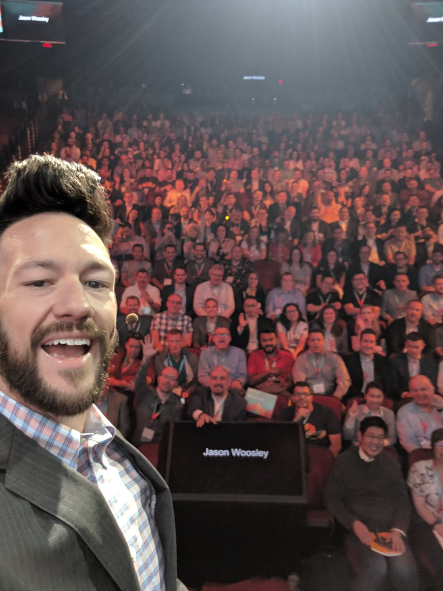 philwinkle: About a thousand of my friends 🧡n#MagentoImagine https://t.co/GMarwRqVBG