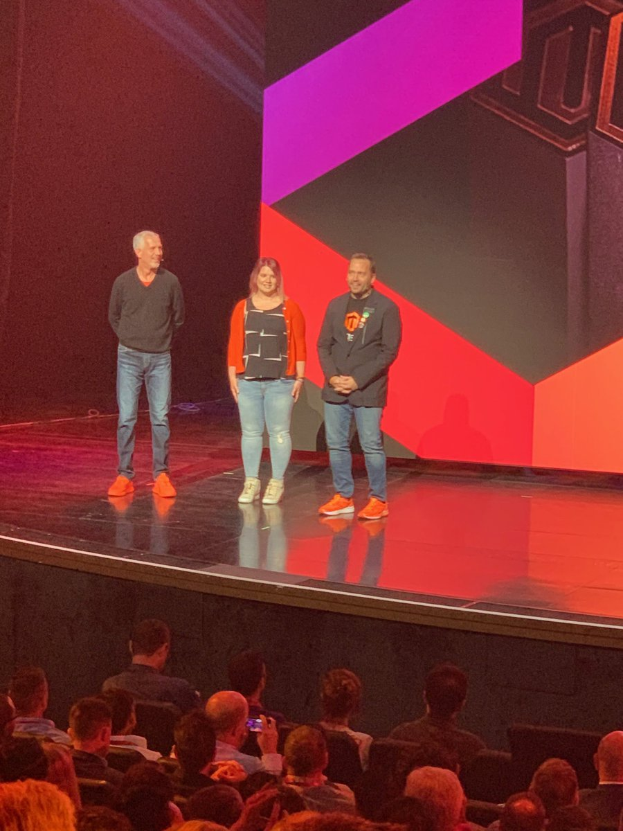brentwpeterson: Do you have your orange shoes today ? #magentoimagine https://t.co/8C1avoz3jc