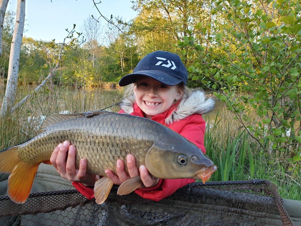She loves to fish!:) #carpfishing #<b>Fishingfamily</b> #kidsfishing https://t.co/AHjstTRESH
