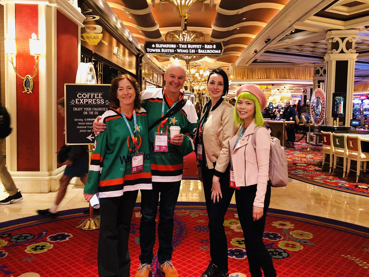 GoldieChan: Meeting up with friends old and new 💚 #MagentoImagine https://t.co/XP7cYfrNax