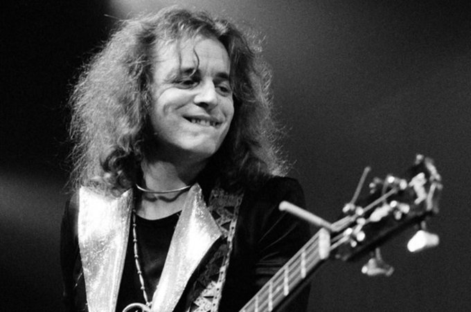 Happy Birthday to Jack Bruce of my favorite band Cream. My all-time favorite bass player. Rest in peace, mr. Bruce.