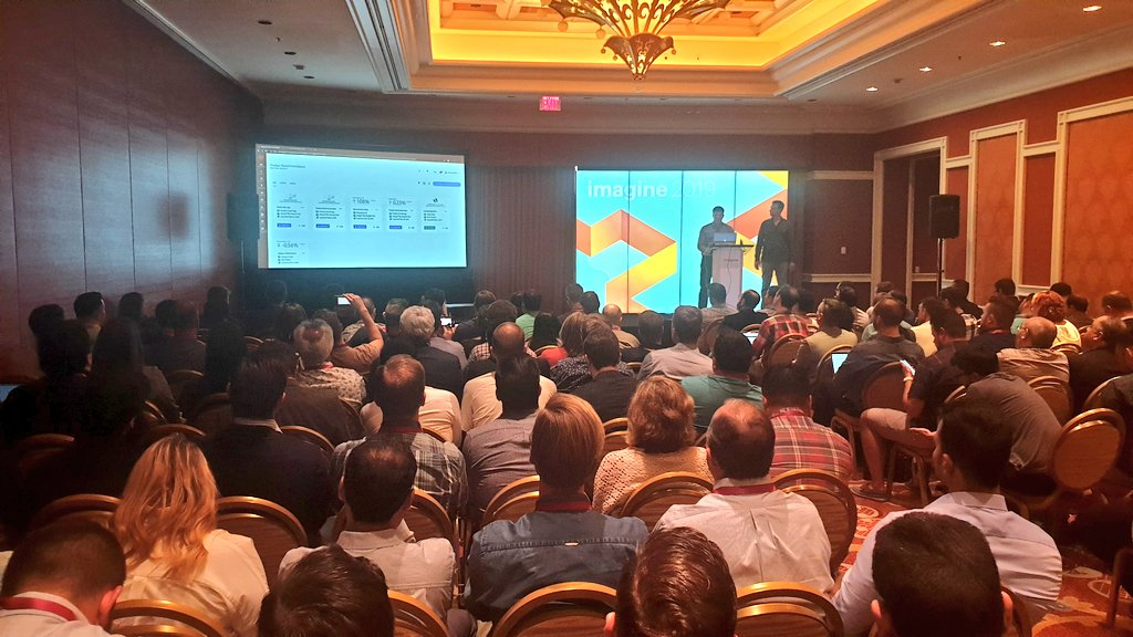 guido: Packed room for the session on AI/Adobe Sensei integration with Magento #MagentoImagine https://t.co/JrEYx2U85O