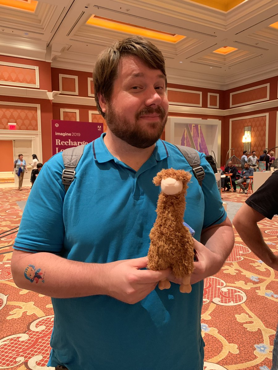 classyllama: That look you get when you've waited forever for a llama and you finally get one #MagentoImagine #embracetheclimb https://t.co/5MF2BJWdiC