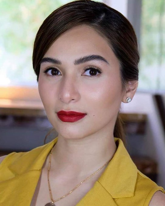 Happy happy birthday Jennylyn Mercado We love you always.. Muaah!