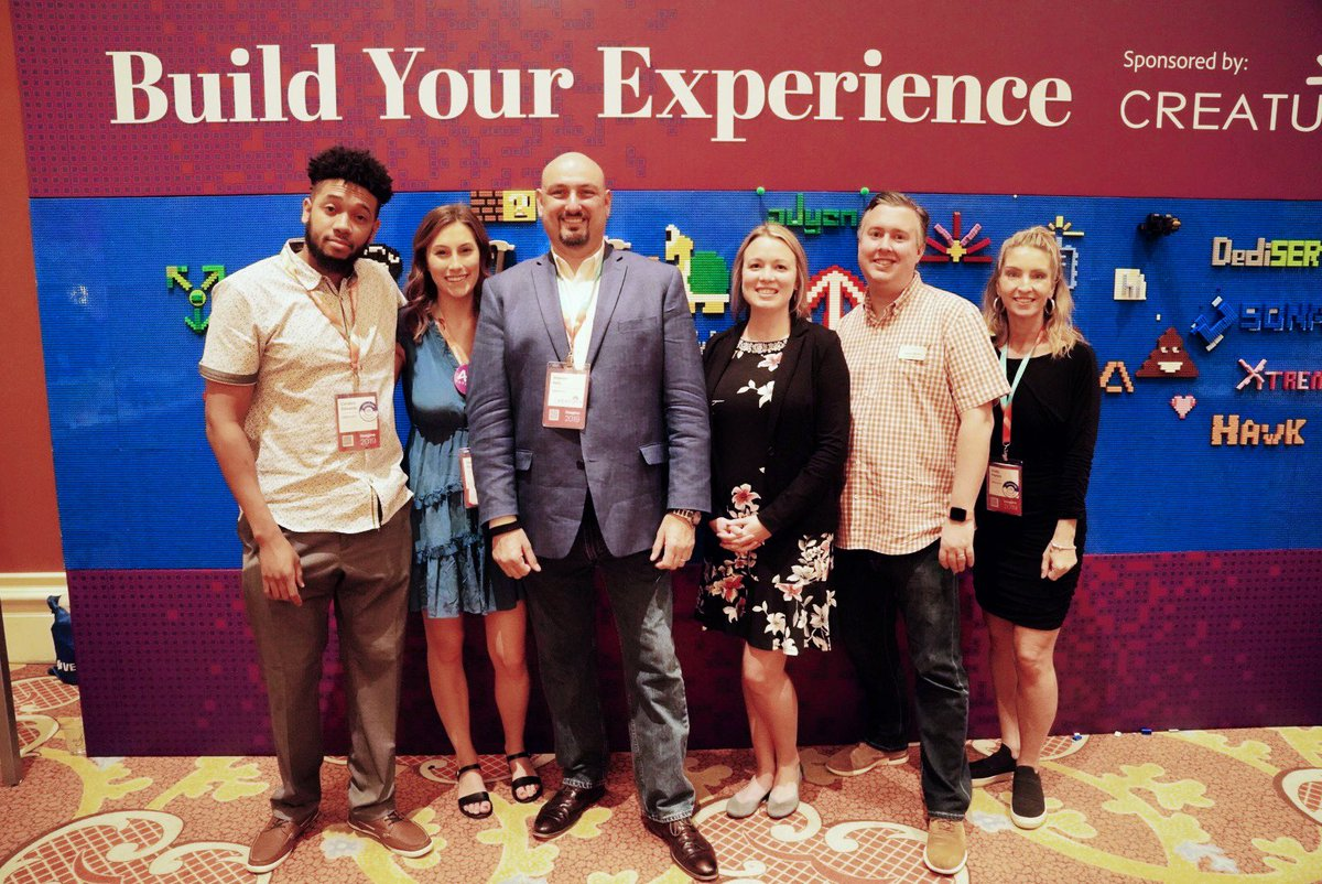 """Creatuity: What a team! So happy to have this """"fun squad"""" representing Creatuity at #MagentoImagine https://t.co/FYIgoGAzAm"""