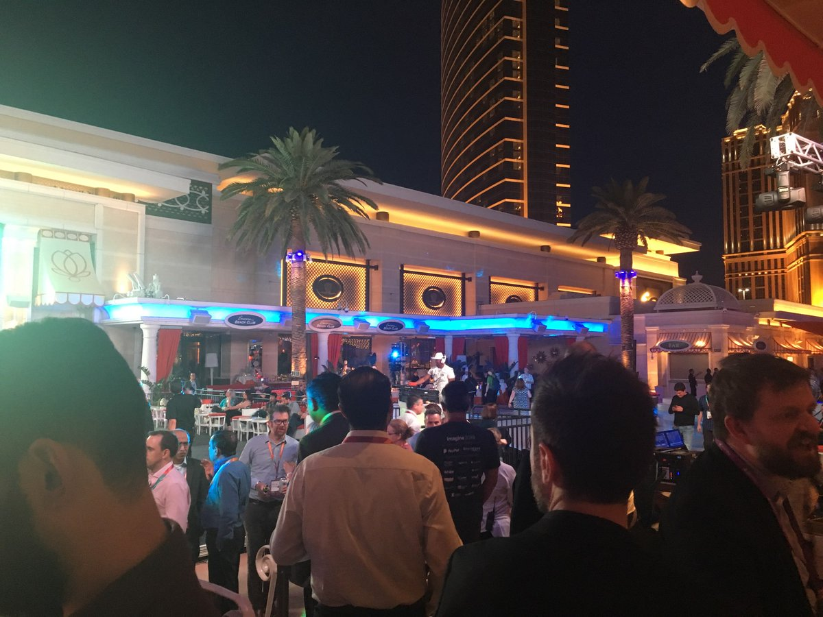 DCKAP: The #MagentoImagine's Legendary party is kicking off. Come on down! #Magento2 #MagentoCommunity #DigitalCommerce https://t.co/WCDlcwcKL8