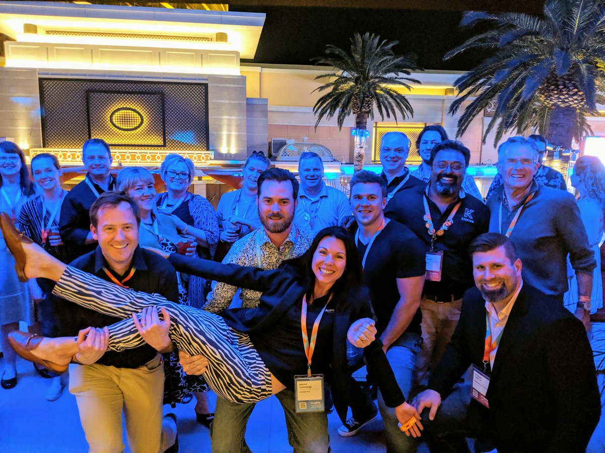 kensium: WOW! This has been a fantastic show. Thank you to the Magento community for being you. n#MagentoImagine https://t.co/Qx8ZHFlbLA