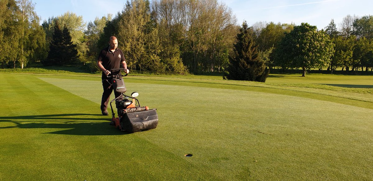 test Twitter Media - All  greens hand cut  Fresh pin positions today.  Weather is lovely for #golf @IngestreParkGC @IanDaviesEEEgol @BA_LTD @SherriffAmenity @MidlandsGolfer https://t.co/7braIrqbX4
