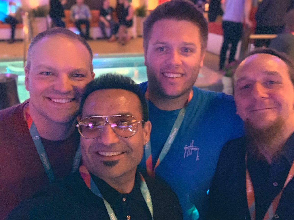 miverma: Good time with amazing folks #ExpandTheExperience #MagentoImagine https://t.co/AHz0a4TasL