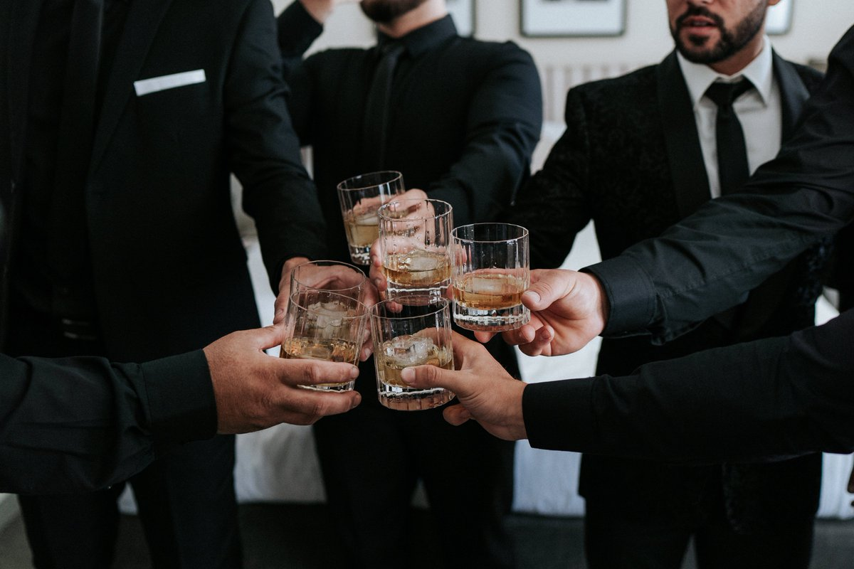 RT @ProperWhiskey: Tag the lads you toast with ????#OneForAll https://t.co/rWosWbSopK