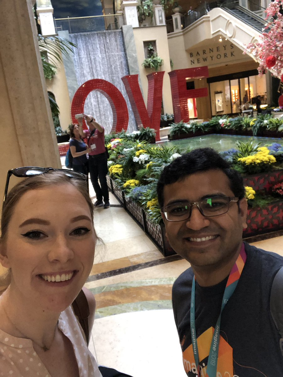 maddie3013: Double selfie on the last day of #magentoimagine https://t.co/t3Qb1Sjgvf