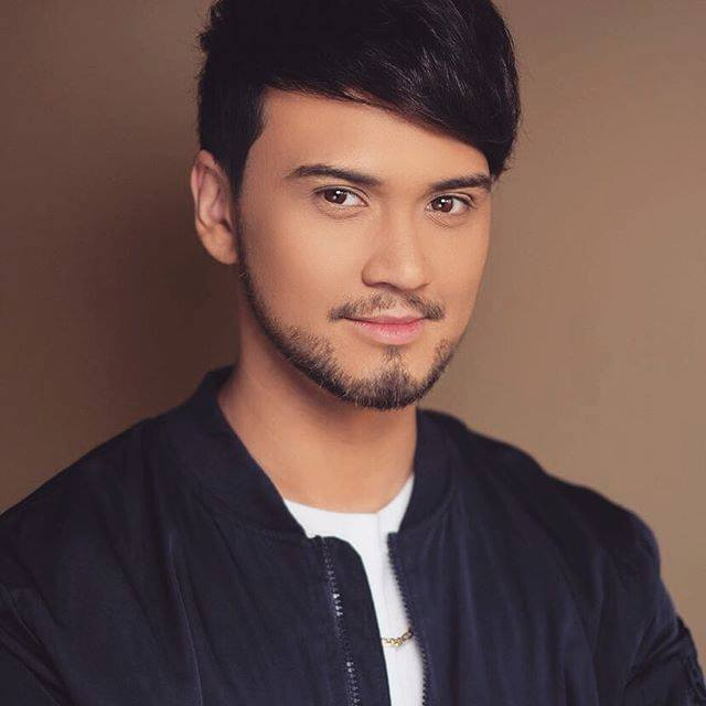 Happy birthday, Idol Philippines Host Billy Crawford (    ^_^!!
