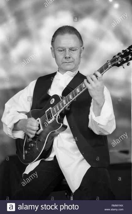 Robert Fripp (King Crimson ) Birth 1946.5.16 Happy Birthday