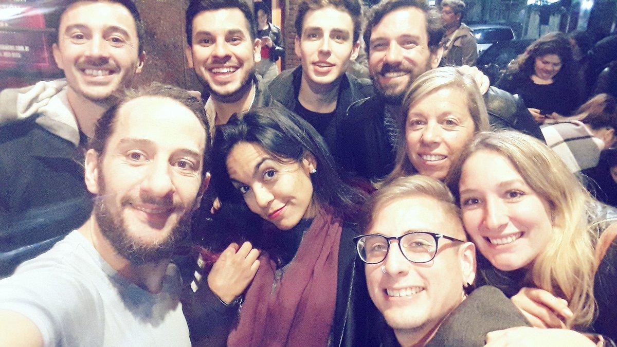 Gracias Amigos/Alumnos por acompañarme en #ElDegenerado   #leonardodavinci #nochedeteatro https://t.co/1dlzPnSJH9
