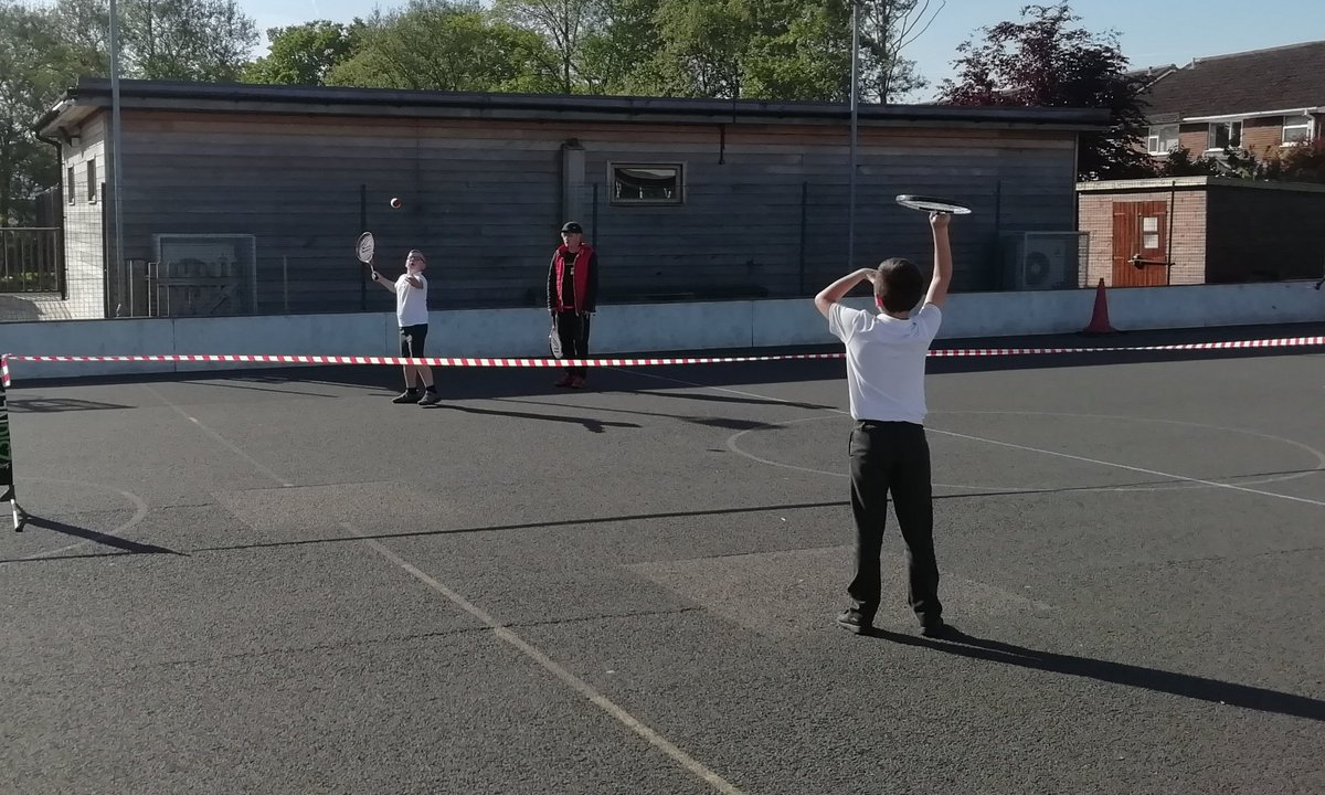 test Twitter Media - Year 3/4 in the sun yesterday morning at breakfast tennis from 8am with @KHTennisClub https://t.co/DsE40CJetN