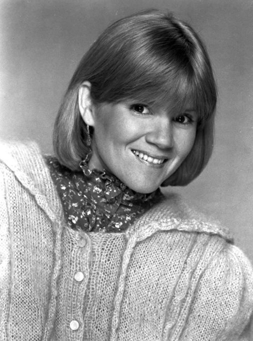 Happy Birthday to Mare Winningham who turns 60 today!  Pictured here in the 80s.