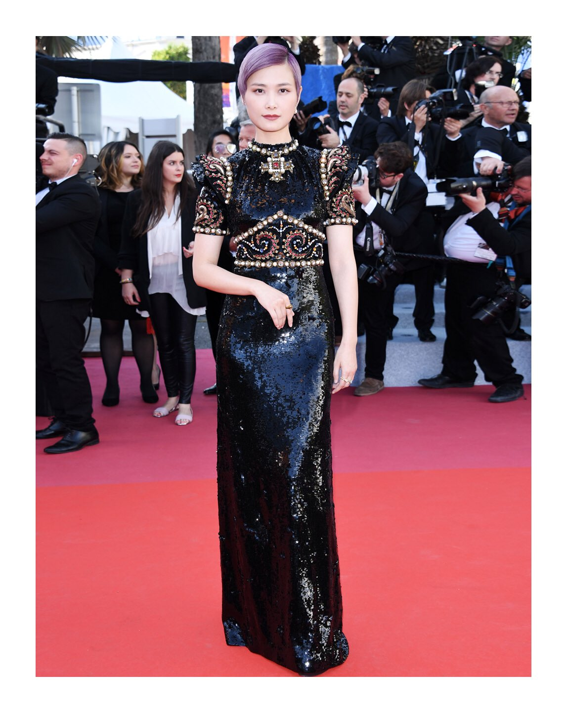 #ChrisLee wore a #Gucci all-over sequin embroidered gown and a selection of #GucciJewelry pieces designed by #AlessandroMichele to the 72nd @Festival_Cannes. #Cannes2019 https://t.co/Ek54e8yfYD