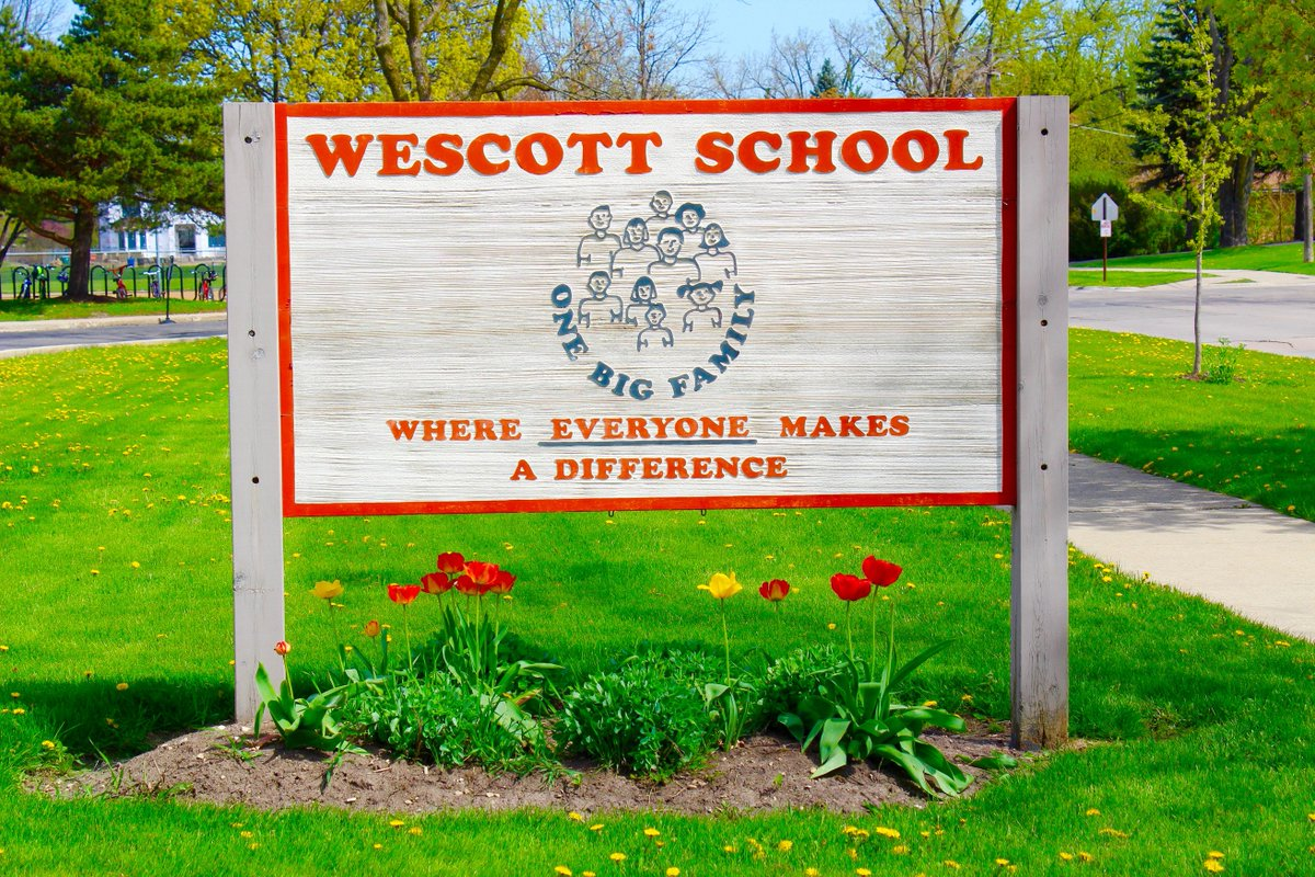 test Twitter Media - W Principal Dr. Brown w/ PTO Co-Pres., C. Hartbarger & One Big Family Picnic chairs F. Grimaldi and S. Din, invite everyone to attend Wescott's annual picnic tonight from 5-7 PM indoors for games, food, music, and fun! #d30learns https://t.co/rbFDTrZDhC