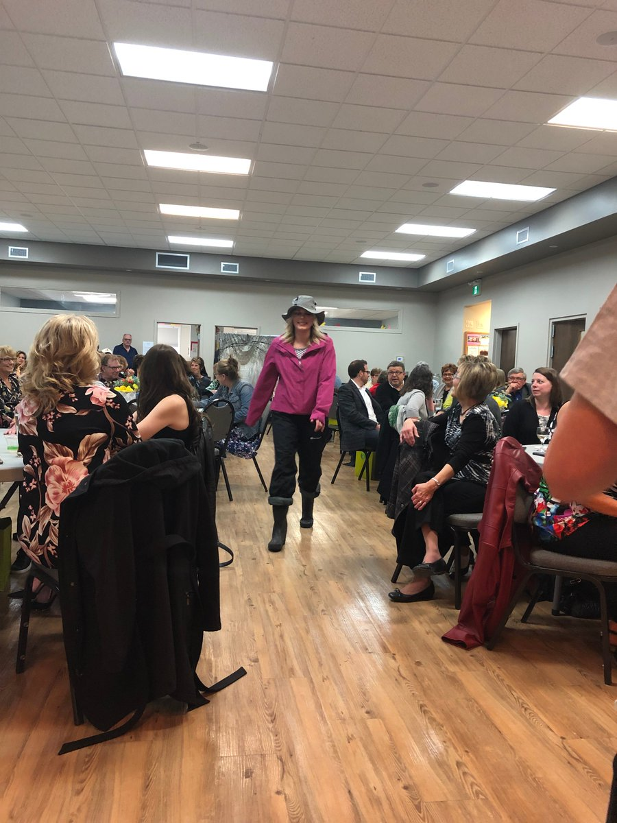 test Twitter Media - #TBT to Inclusion Selkirk's Catfish Catwalk. A wonderful evening in support of Inclusion Selkirk and all the great work they do in the community. https://t.co/DMwYeZlgOy
