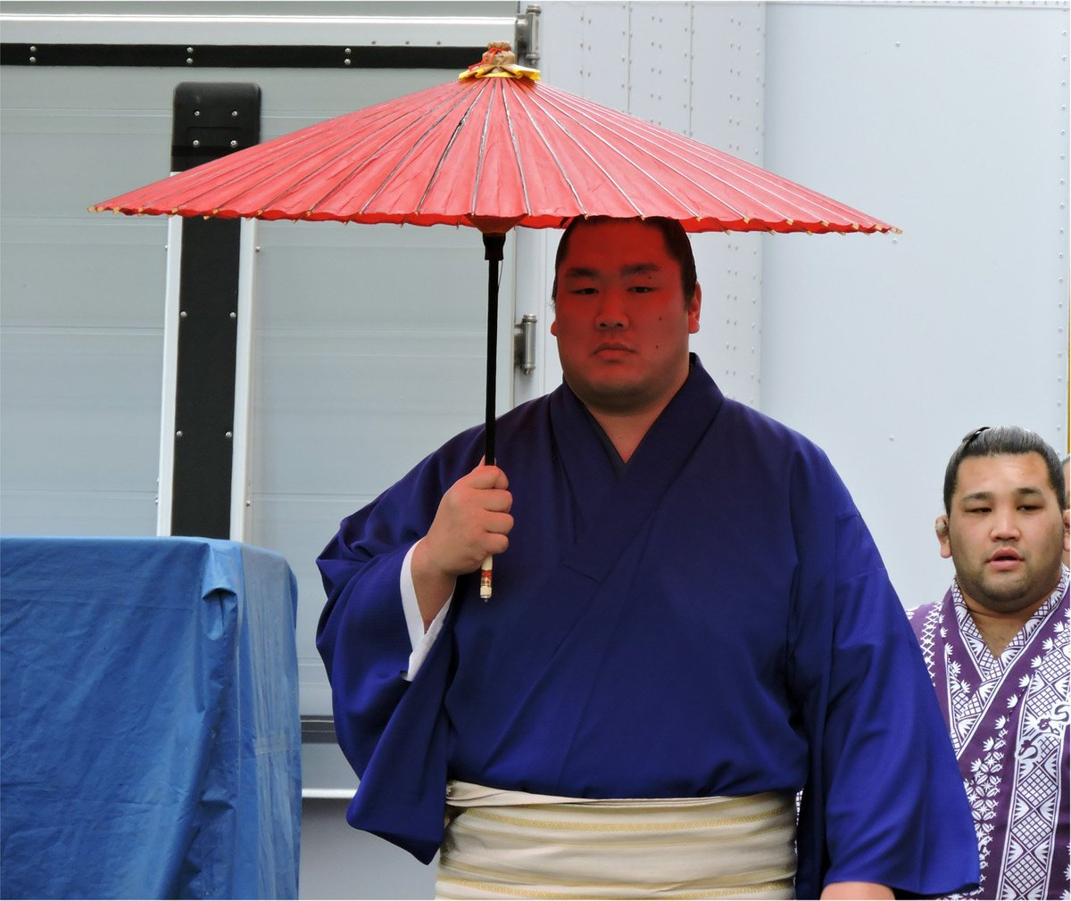 test ツイッターメディア - 輝関と・・・途中で傘をたたんだ琴奨菊関 https://t.co/3lZp76pyuT