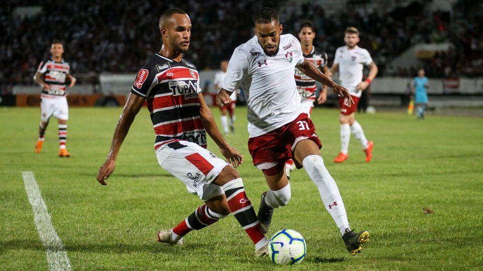 RT @ESPNagora: Corinthians acerta detalhes e deve assinar com Everaldo nesta terça https://t.co/tdv7NLQ9sz https://t.co/EyK3s7rnjp
