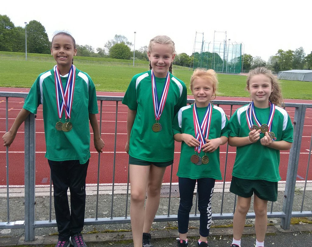 test Twitter Media - South Birmingham Athletics relay medal winners. They were so quick they were too quick for Mrs Goodwill (last pic) https://t.co/gOa7BCXwmP