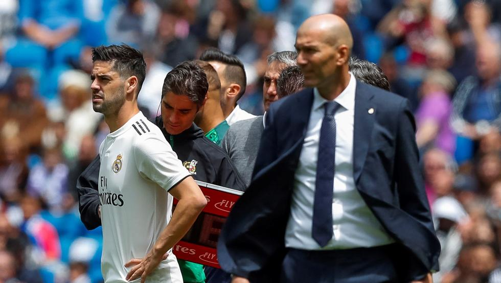 Y entonces ?...#Lopetegui, #Solari y #Zidane empataron a cuatro derrotas https://t.co/ZQsD034LH6 por @xavierbosch https://t.co/4qwfql6dMz