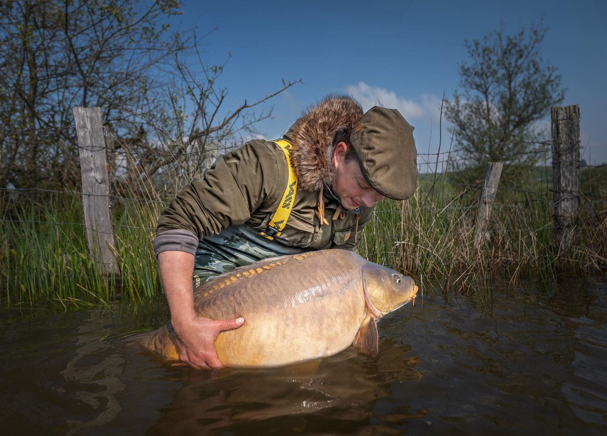 A great shot from a recent trip for German <b>Team</b> member Sebastian Graf.  #carpfishing #vasswad