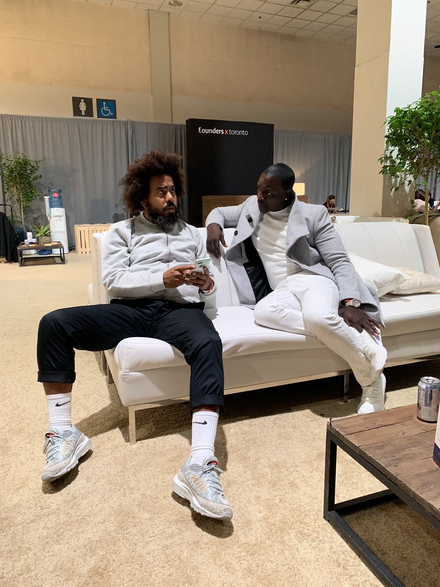 Chopping it up with my man @jillionaire at @CollisionHQ in Toronto https://t.co/UfkMNSMubt